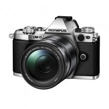 奥林巴斯 数码单反照相机 E-M5 Mark II